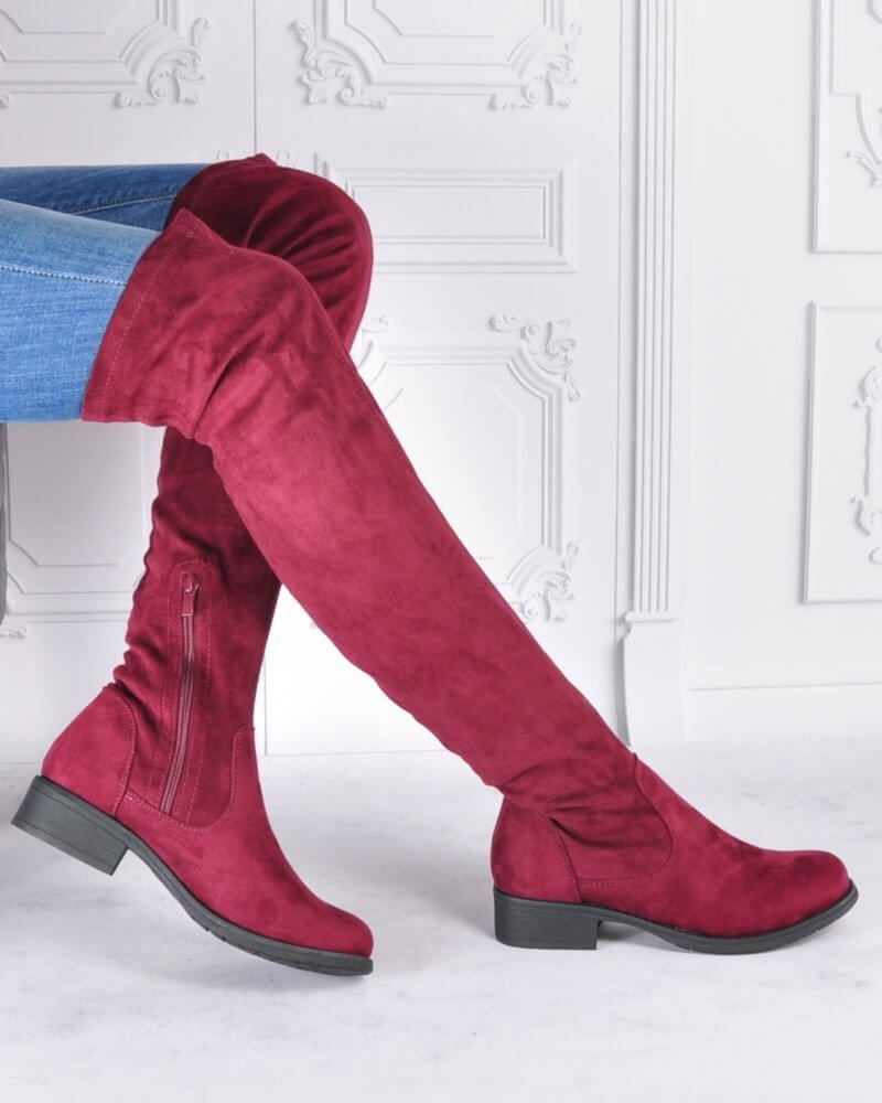 Jak stylizować buty muszkieterki